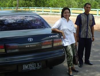 Lexus & Sopir Pinjaman