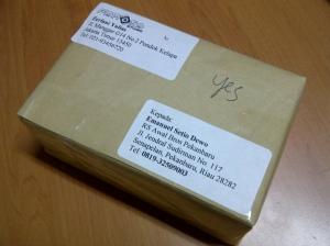 Hore... paket telah tiba