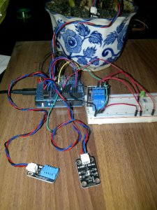 Sensor ke-3, yaitu Ambient Sensor Light