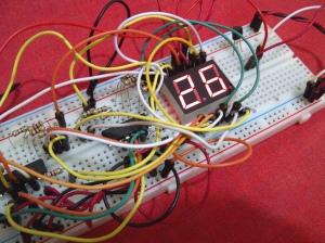 2 digit 7-segment untuk display suhu ruangan