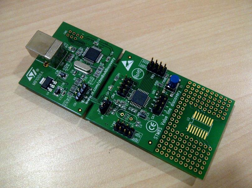 Sarana belajar microcontroller