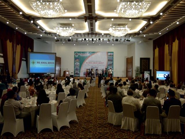 Suasana Gathering Group RS Awal Bros