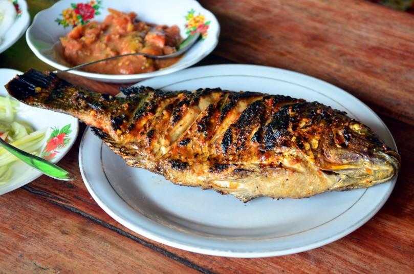 Ikan bakar Bili-bili