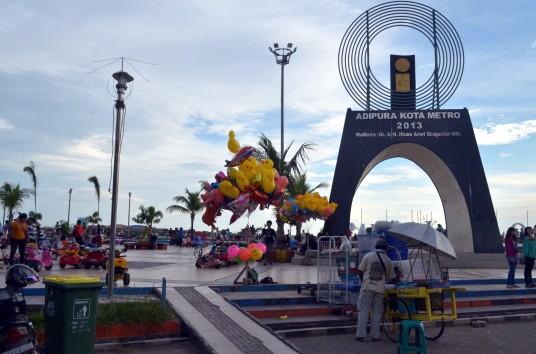 Adipura Kota Metro 2013