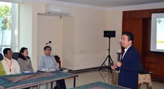Suasana seminar singkat